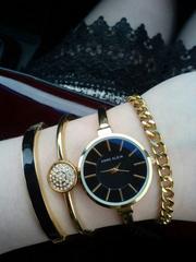 Женские Часы Anne Klein два в одном.